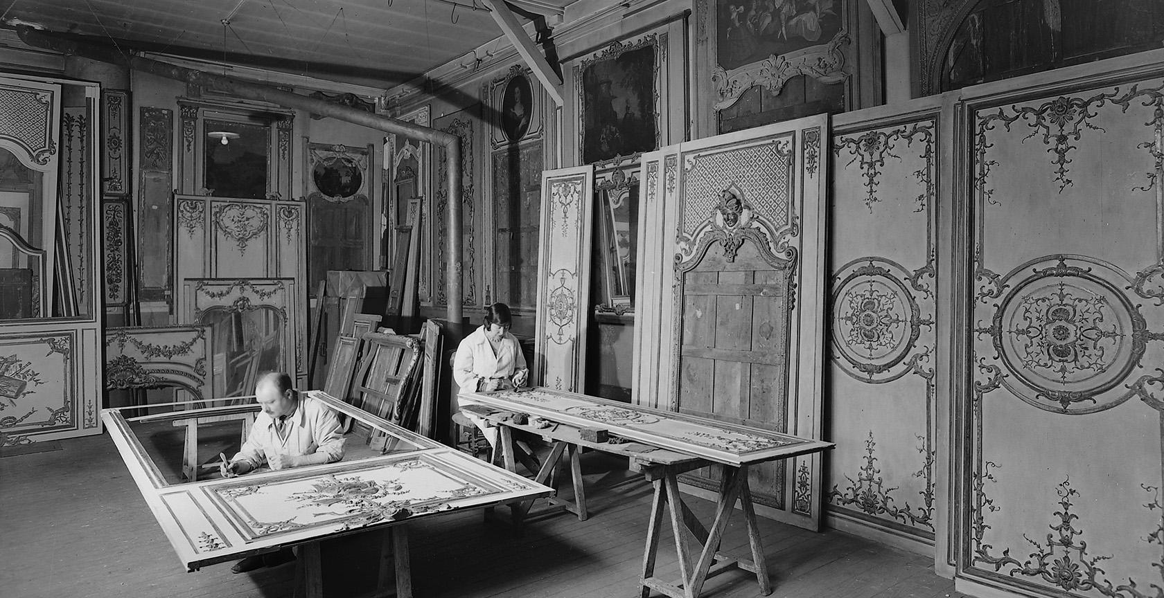 Showroom Feau Boiseries, archives, peinture ornementation boiseries anciennes, atelier rue Laugier