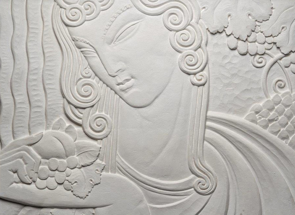 Détail bas-relief Art Déco Ruhlmann, visage femme, Collection Féau Boiseries