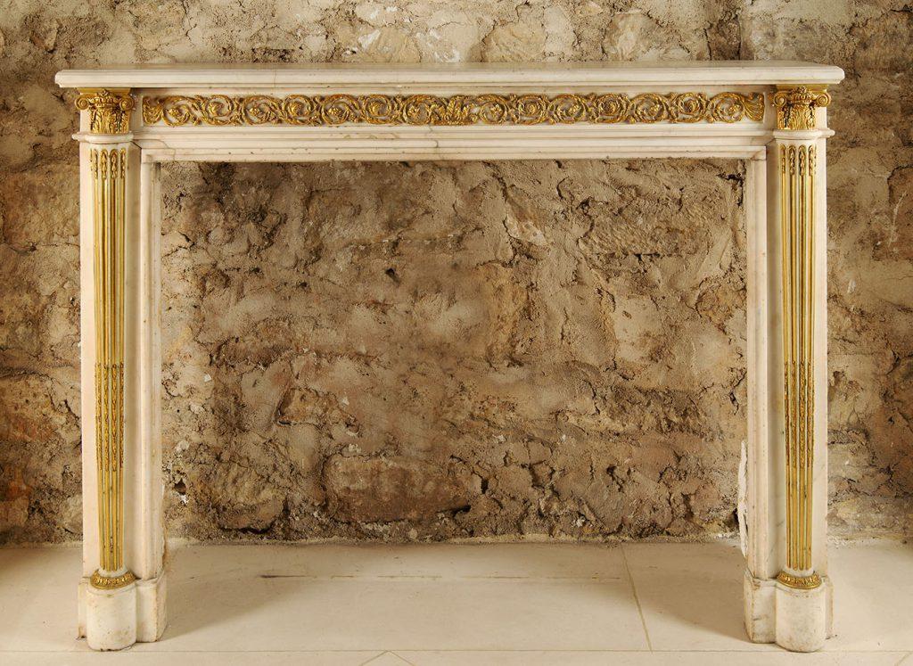 Cheminée marbre blanc sertie de bronze, Pierre Gouthière, collection Feau