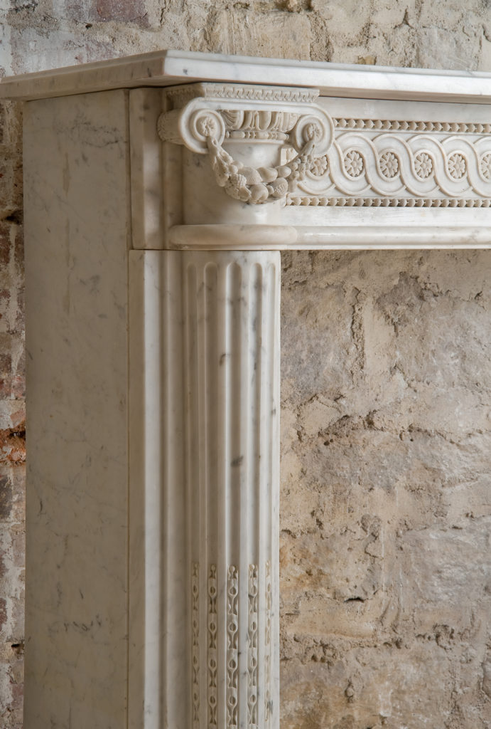 Marble fireplace, Féau Boiseries Collection