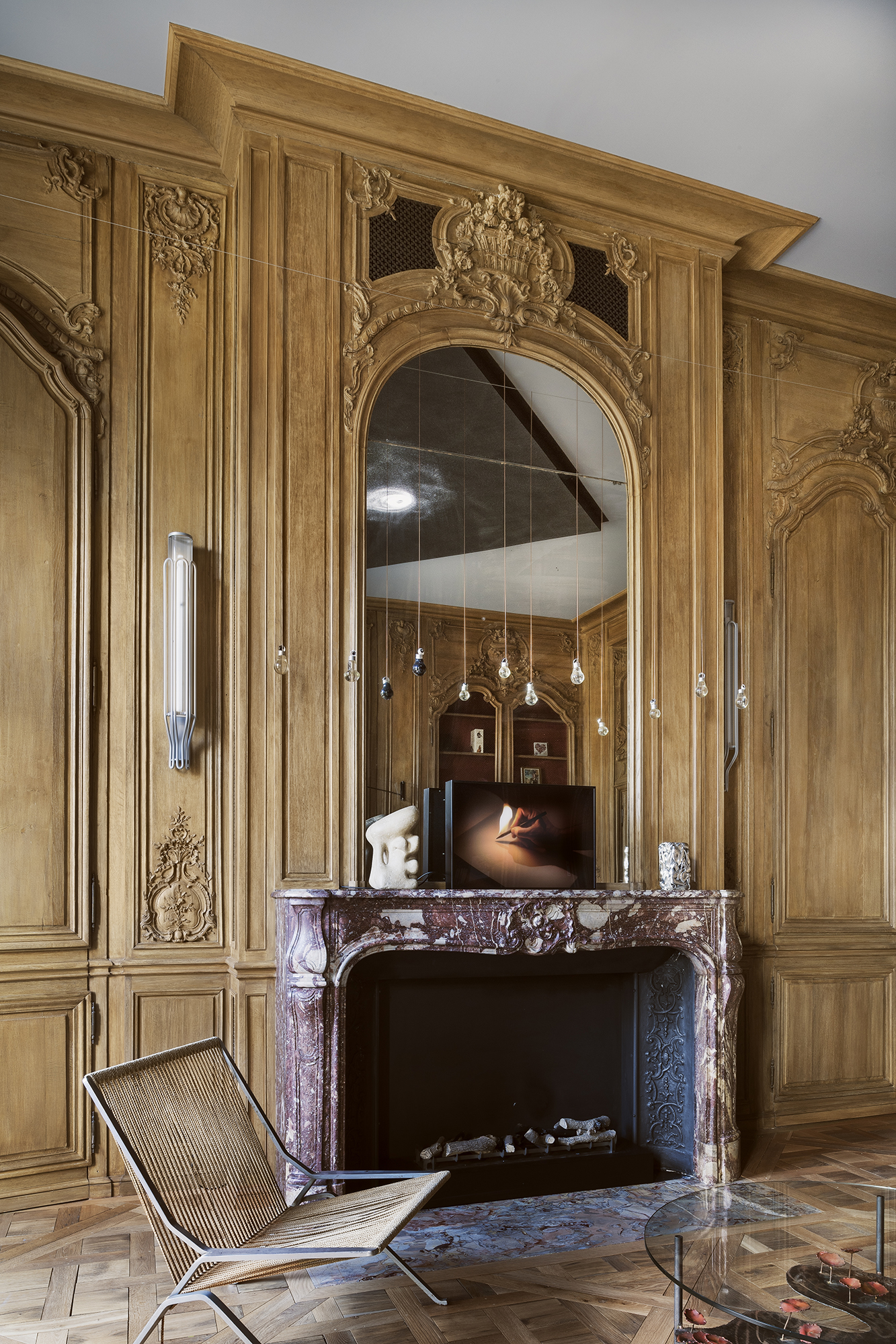 Décor de boiserie de style Louis XV installé et restauré par Féau Boiseries