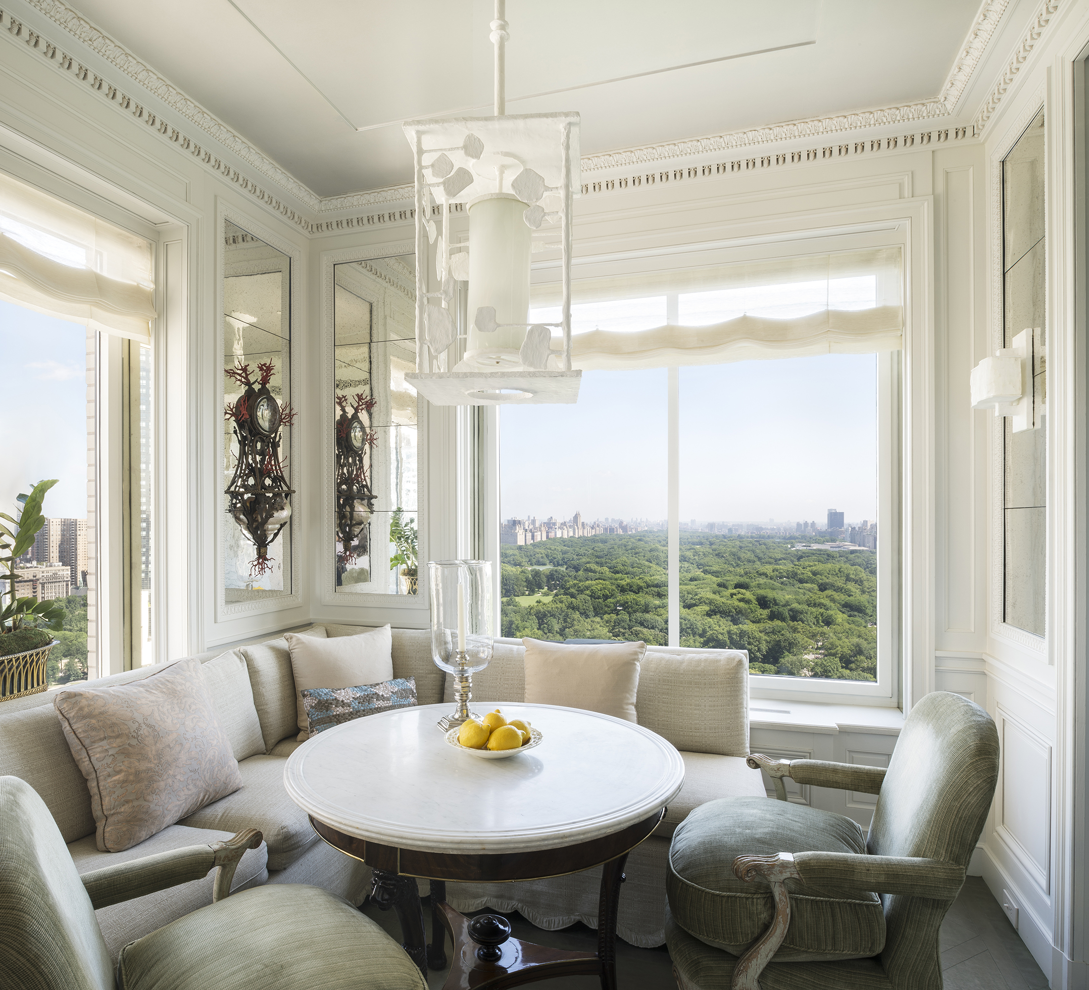 Private breakfast room at 740 Central Park South, decorator Michael S. Smith