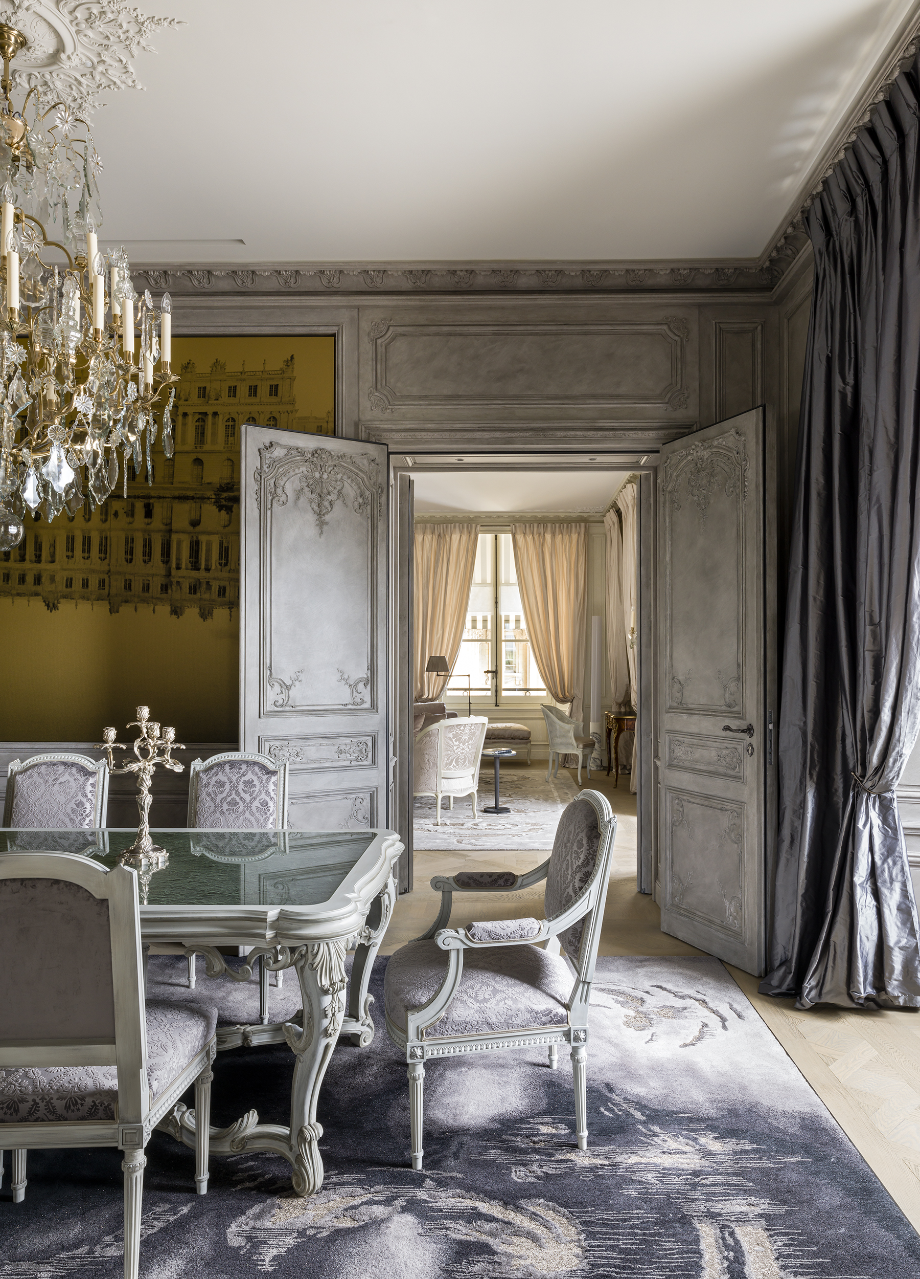 Hôtel de Crillon dining room, Karl Lagerfeld, wall paneling, cornices