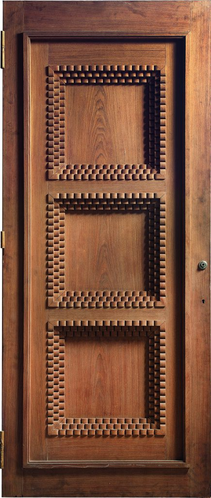 Oak door by Emile-Jacques Ruhlmann, Féau private collection