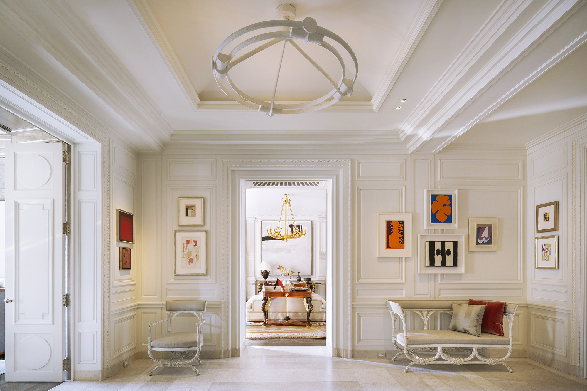 Understated neoclassicism for a New York duplex
