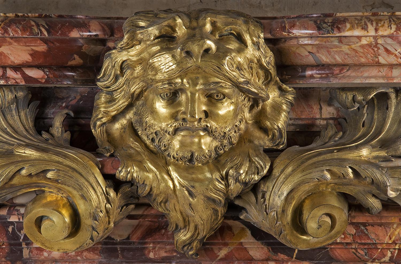 Cheminée tête d'Hercule, Collection Féau