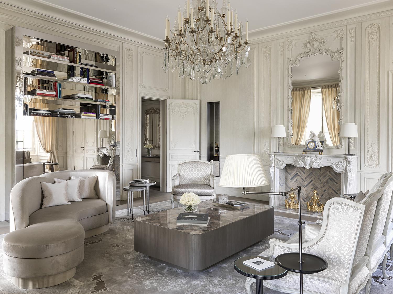 Pour Karl Lagerfeld à l'Hôtel de Crillon