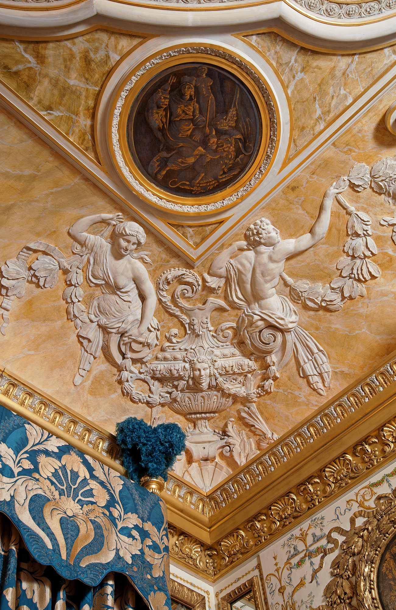 Cornice and ceiling with sculpted scenes copied from Hôtel de Vigny, Paris. Hand painted medallion